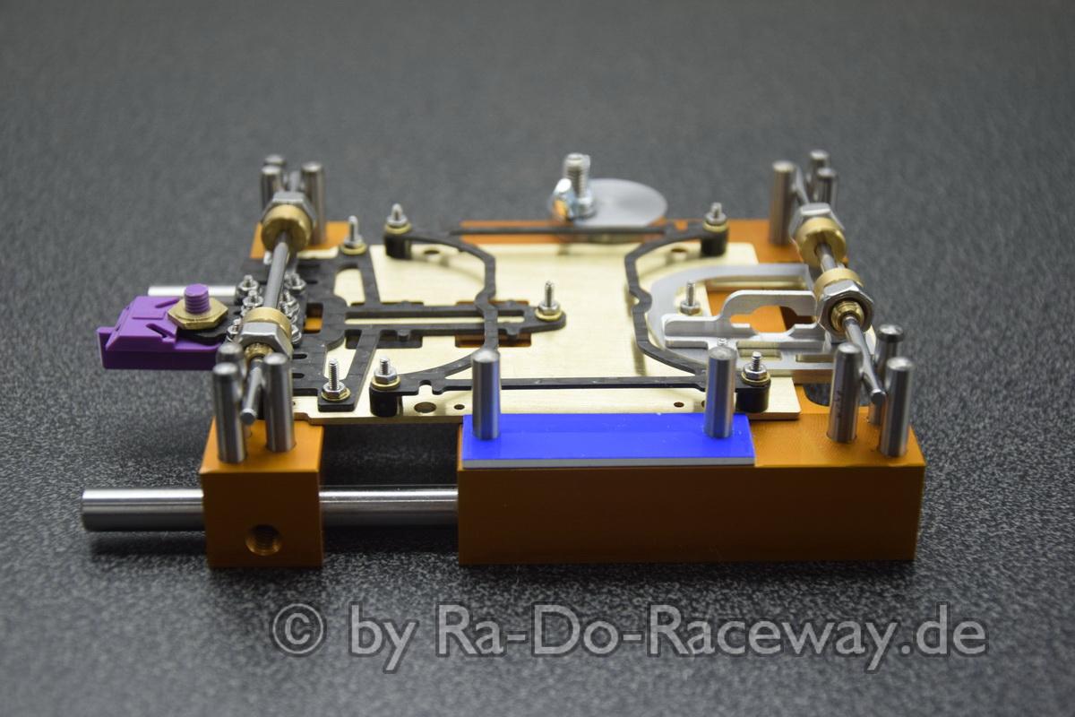 DSC1846 - Montage- und Richtwerkzeug für 124er Chassis das DocTool