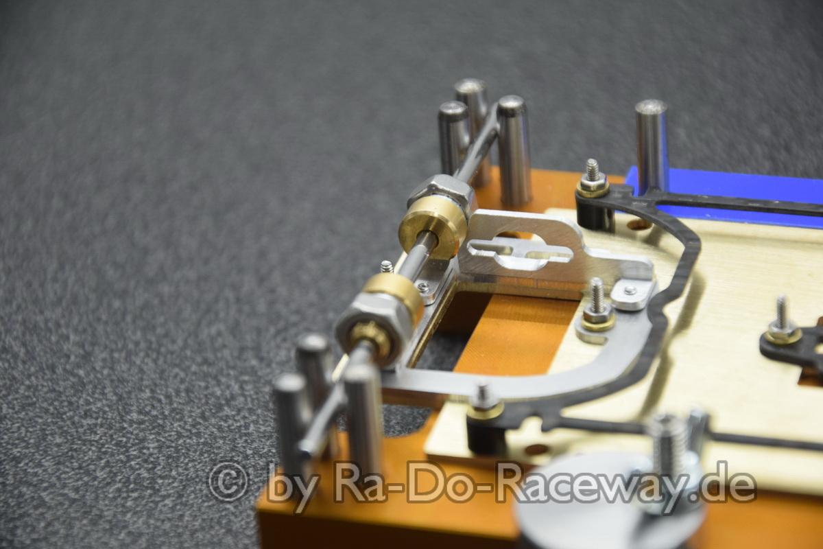 DSC1849 - Montage- und Richtwerkzeug für 124er Chassis das DocTool