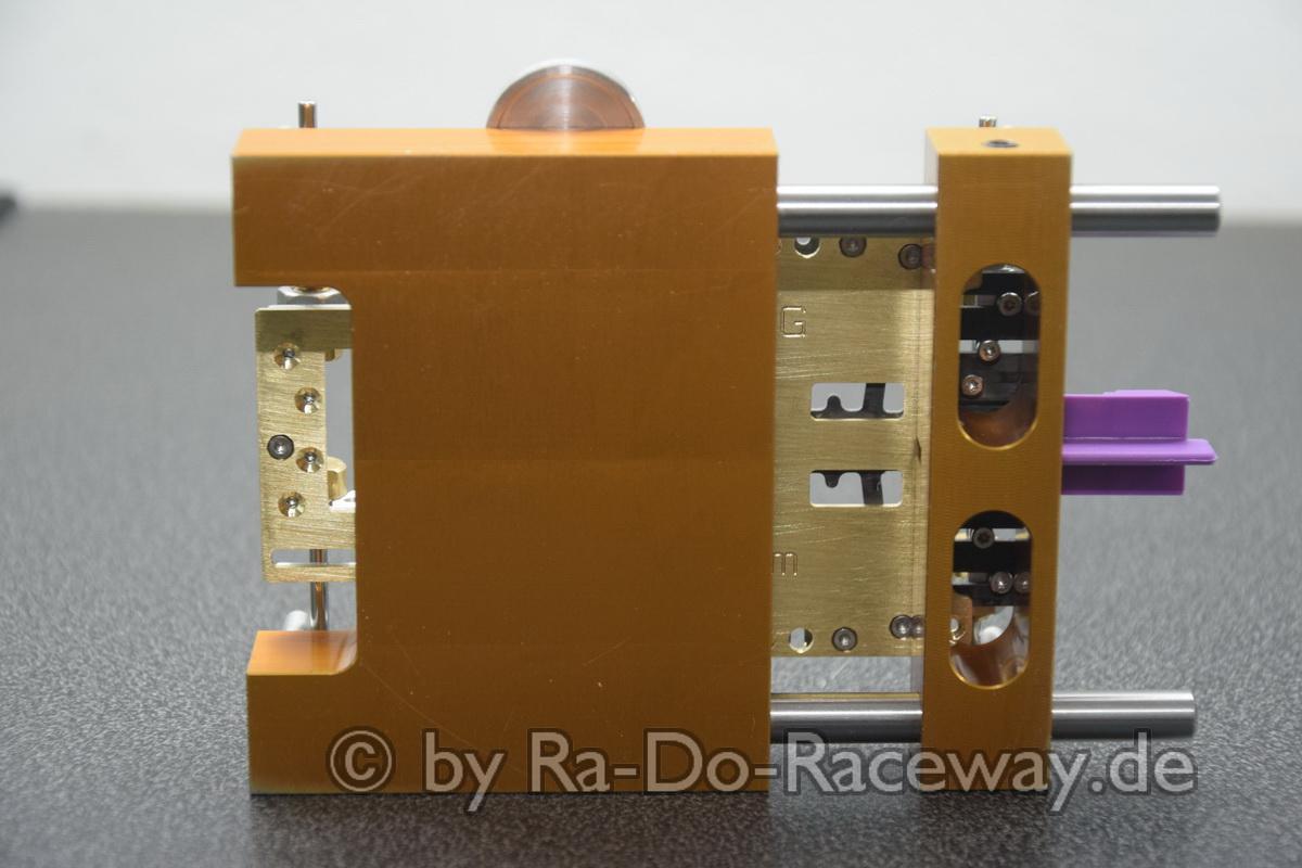 DSC1853 - Montage- und Richtwerkzeug für 124er Chassis das DocTool