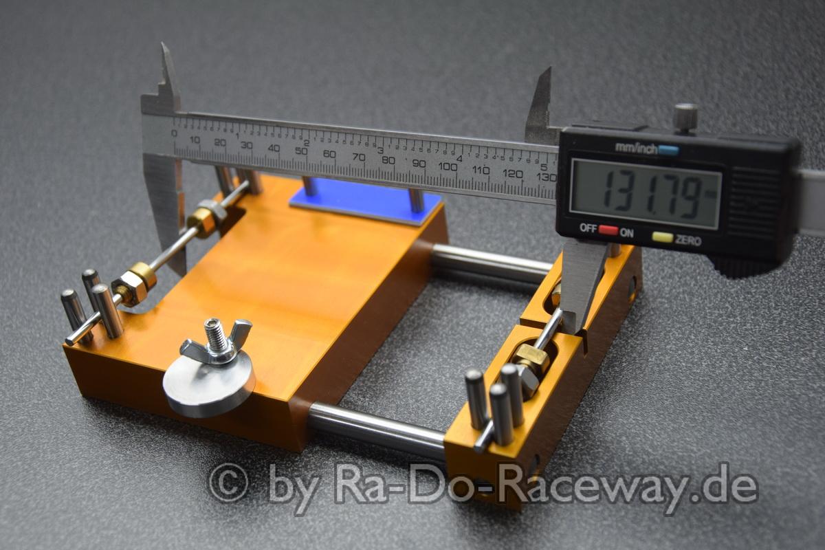 DSC1858 - Montage- und Richtwerkzeug für 124er Chassis das DocTool