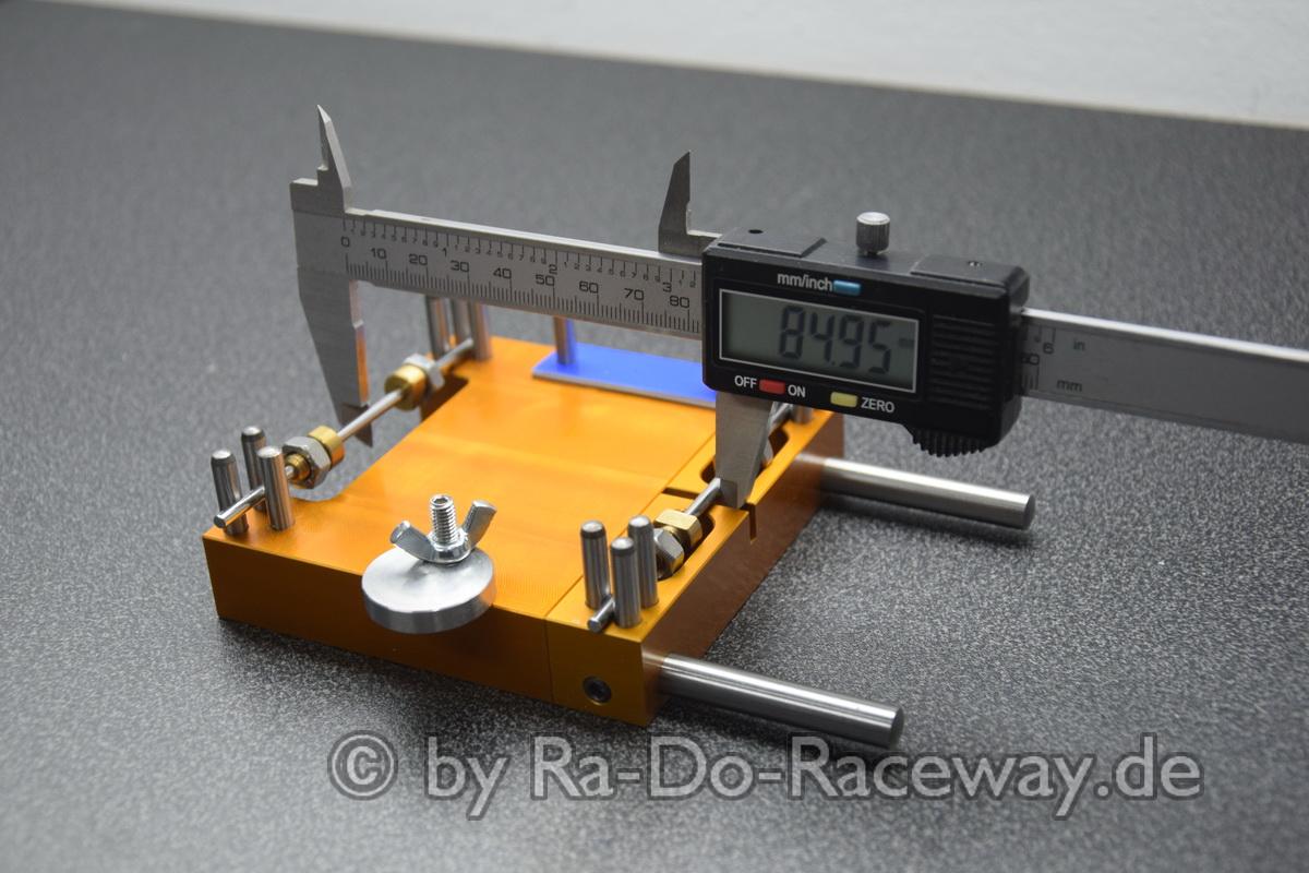 DSC1859 - Montage- und Richtwerkzeug für 124er Chassis das DocTool