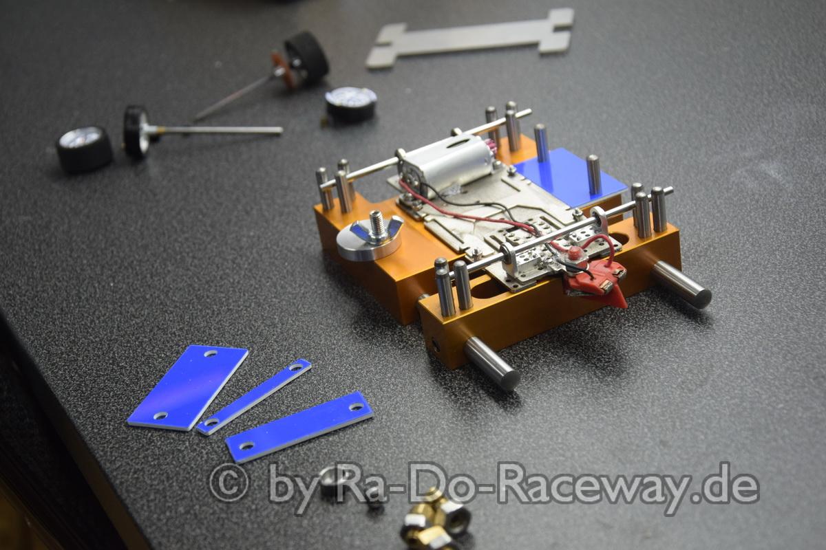 DSC1862 - Montage- und Richtwerkzeug für 124er Chassis das DocTool